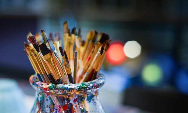 brushes painter work shop bowl lights work creative creativity painting