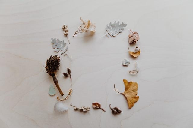 Elegant flower wall art