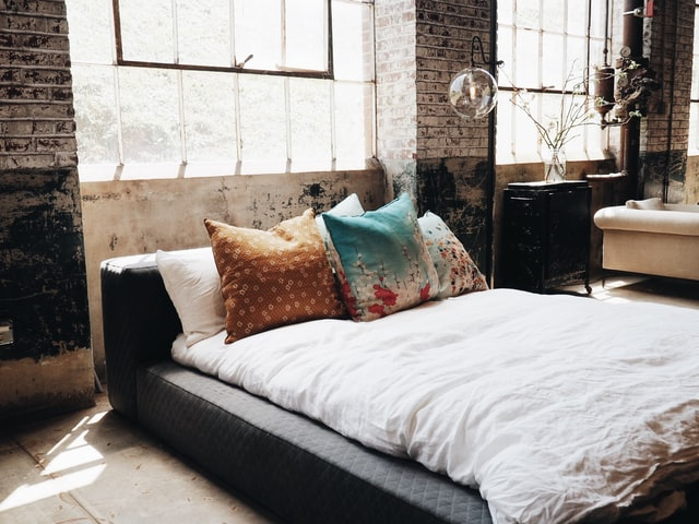 bedroom design soft color combine with darkness