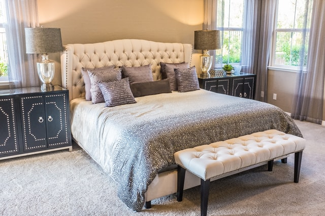 gothic bedroom design with soft pink color and soft brown