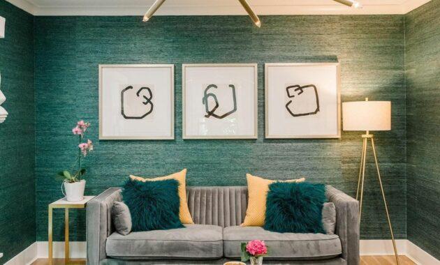 living room design with green grasscloth wallpaper ideas
