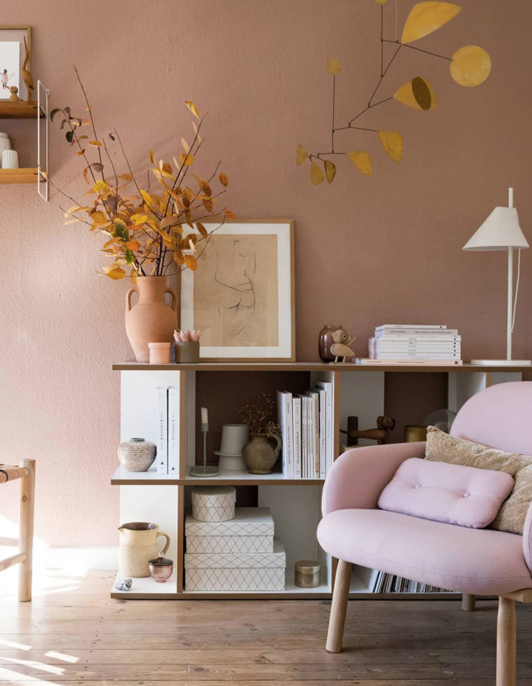 pink living room ideas with wooden material