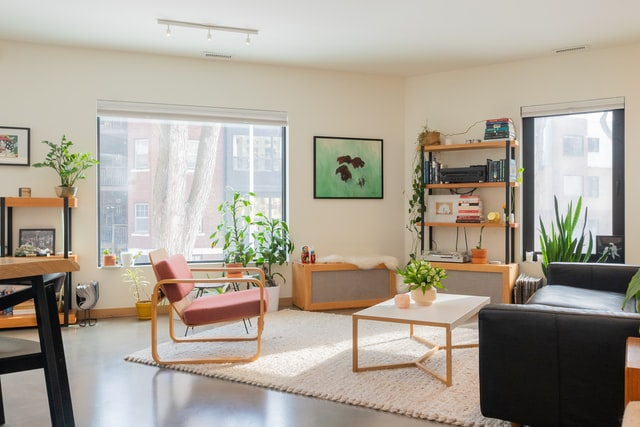 pink vase decoration for living room ideas
