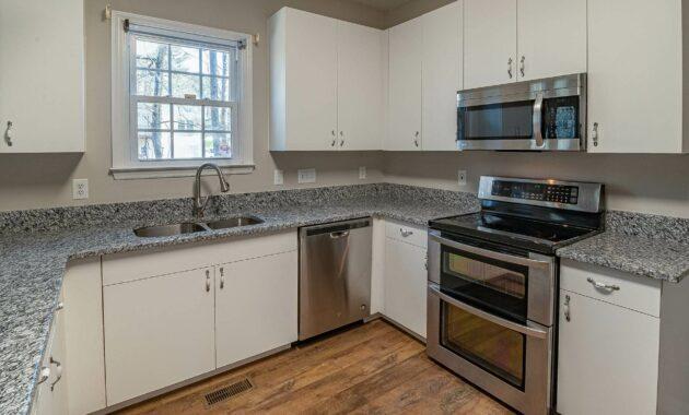 dark grey kitchen flooring