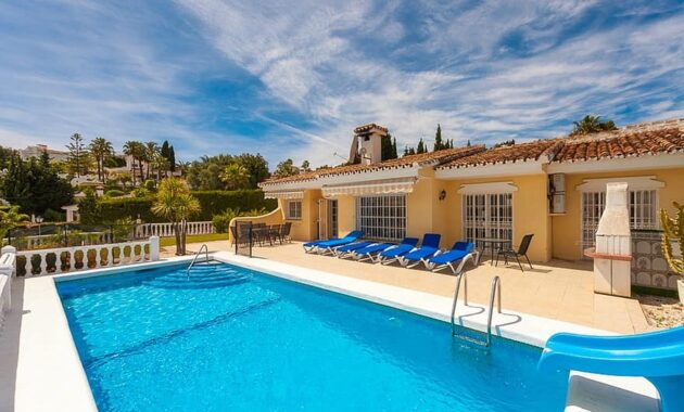 swimming pool villa holiday spain estate architecture paradise relax leisure