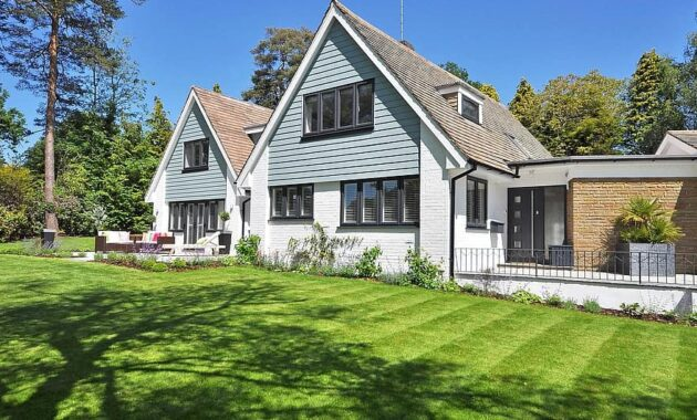 beautiful home garden new england style landscaping gardening modern sunny home modern house exterior