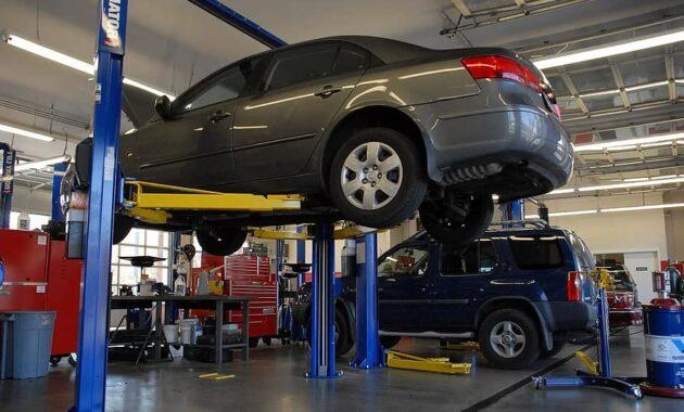 car mechanic automobile service repair auto mechanical maintenance auto mechanic - how long it takes to change your oil