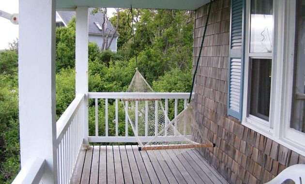 porch swing relax summer house exterior relaxation peaceful patio