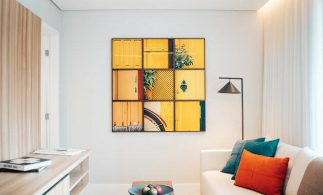 Living room wall decor and furniture