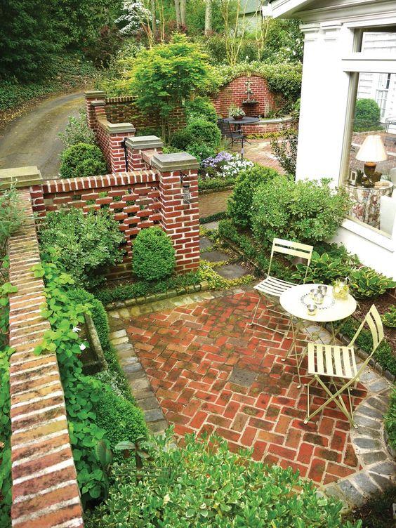 Wall Brick Backyard Ideas
